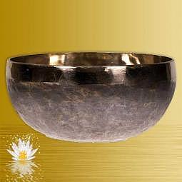 Klangschale Ishana schwarz/gold gross 38 cm